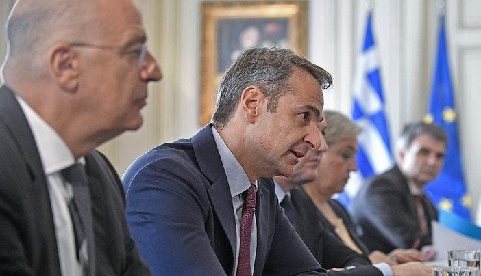 Με Χάφταρ και βέτο, η διπλωματική αντεπίθεση της Αθήνας