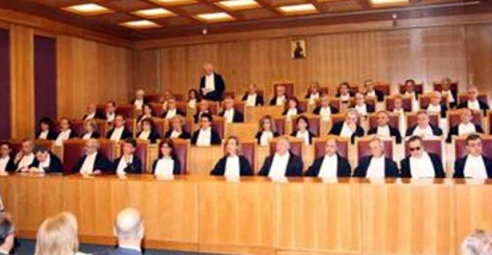 Θέλει ο Μητσοτάκης τον Τσίπρα στο εδώλιο του Ειδικού Δικαστηρίου;