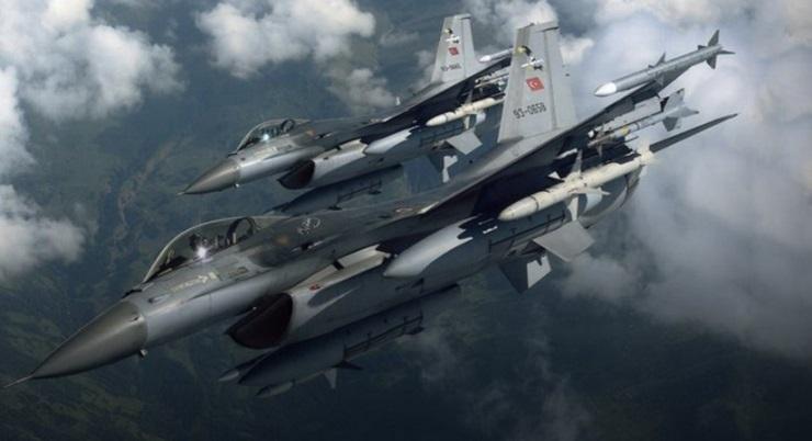 Μπαράζ τουρκικών προκλήσεων στο Αιγαίο: 30 παραβιάσεις και επτά εικονικές αερομαχίες