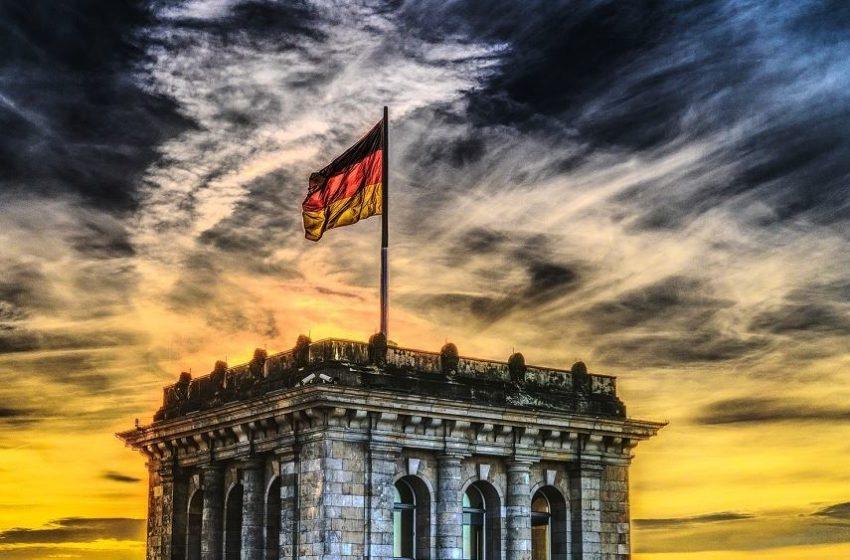 Kοροναϊός: Κατεβάζει ρολά η Γερμανία – Κλειστά και τα σχολεία μέχρι 31 Ιανουαρίου