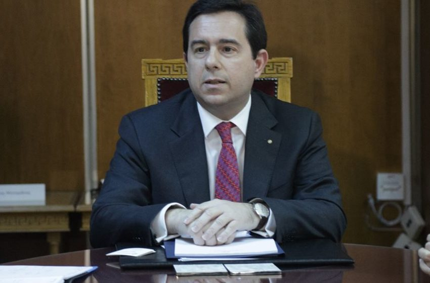 Αποκρούει ο Ν. Μηταράκης τις κατηγορίες περί χορήγησης 1,2 εκ. ευρώ σε ΜΚΟ χωρίς εμπειρία
