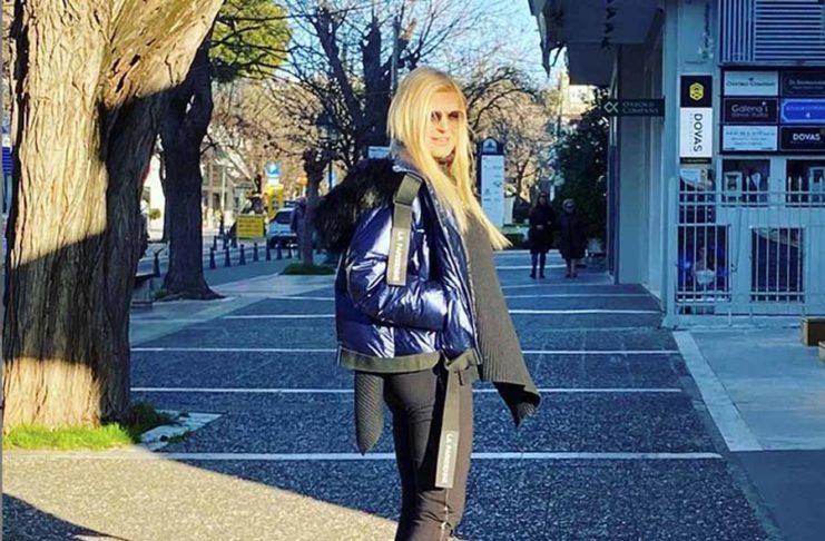 Μαρίνα Πατούλη: Μήνυμα για τον κοροναϊό με … βόλτα στην Κηφισιά