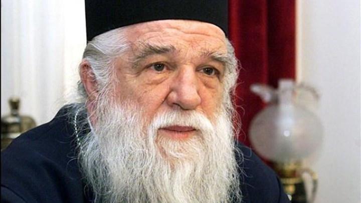 """Επίθεση Αμβρόσιου σε Δερμιτζάκη: """"Είστε άσχετος με την Εκκλησία, γι' αυτό καθίστε στα αυγά σας"""""""