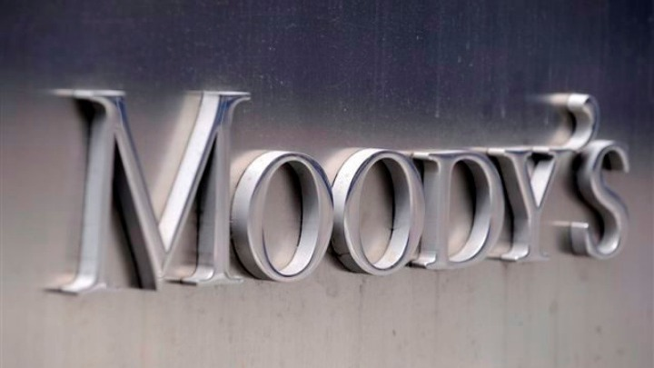 Moody's: Αναθεωρεί επί τα χείρω τις προβλέψεις για την παγκόσμια οικονομία