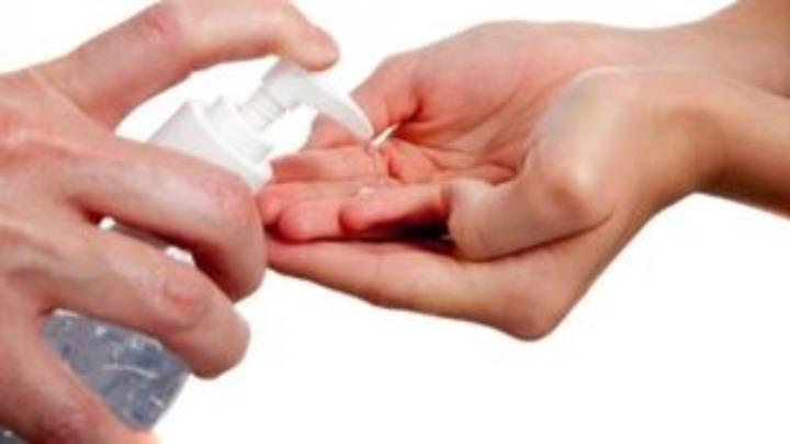 Προσοχή: Ανακαλείται από τον ΕΟΦ η κυκλοφορία αντισηπτικού gel χεριών