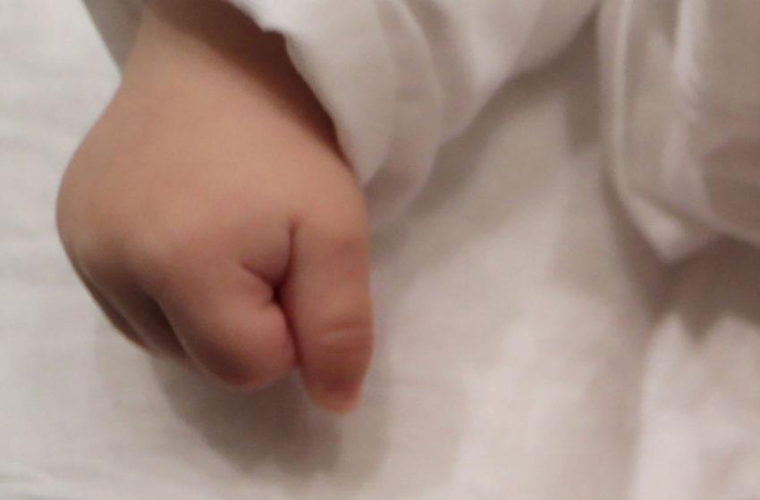 Λαμία: Βρέφη 3 και 6 μηνών θετικά στον κοροναϊό