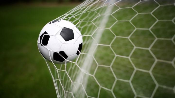 Συναγερμός στην Κόρινθο για κρούσματα σε ποδοσφαιρική ομάδα