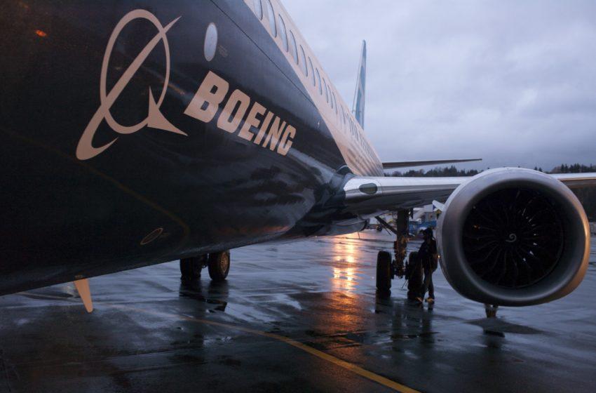 Νέο πρόβλημα σε Boeing 737 Max και αναγκαστική προσγείωση