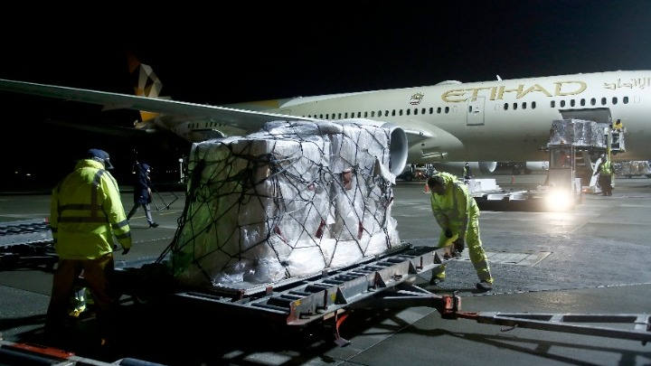 Yγειονομικό υλικό 11 τόνων έστειλαν τα Ηνωμένα Αραβικά Εμιράτα