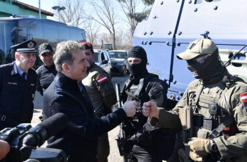 """Χρυσοχοϊδης: """"Συνοριακή αστυνομική αντιπαράθεση"""" και όχι """"πόλεμος"""" στον Έβρο"""