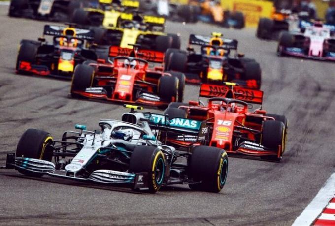 Τρομακτικό ατύχημα με Φερστάπεν και  Χάμιλτον στη Formula 1 (vid)