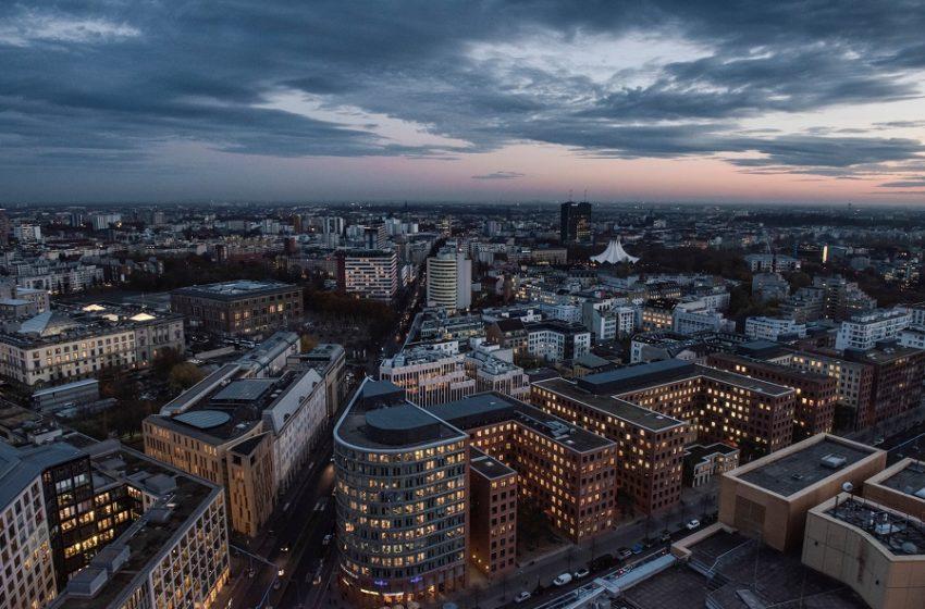 Τρομάζουν οι προβλέψεις για ύφεση της γερμανικής οικονομίας