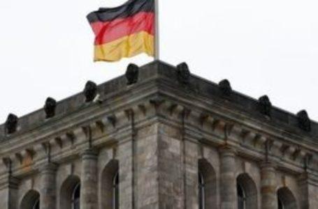 """Η """"γνωστή"""" Γερμανία: Απορρίπτει εκ νέου την πρόταση για έκδοση ευρωομολόγων"""