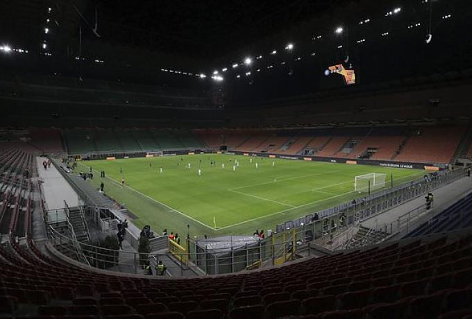Κεκλεισμένων των θυρών όλα τα ματς στην Ιταλία