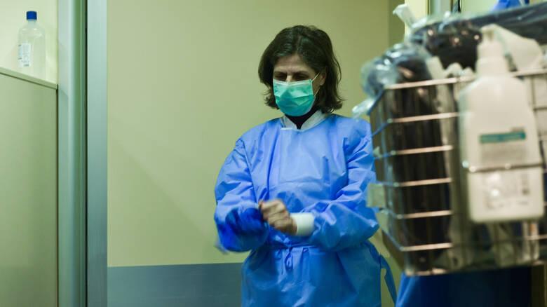 Κοροναϊός: Στα 90 ανήλθαν τα κρούσματα- Τρεις νοσούντες σε σοβαρή κατάσταση