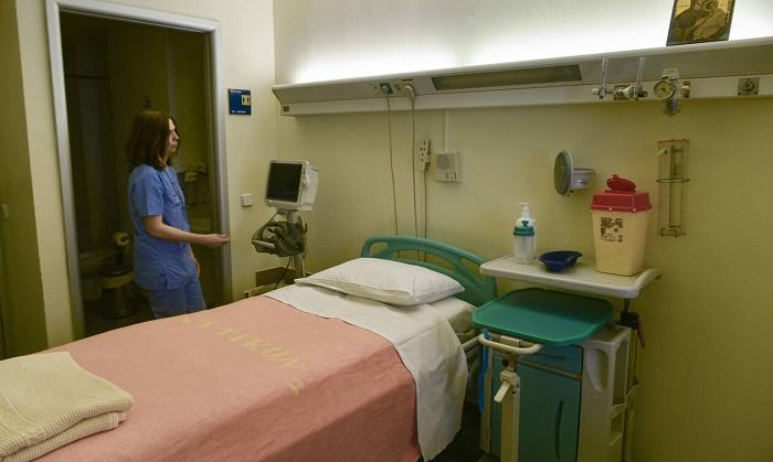 """Κοροναϊός: Εξέταση σε ιδιωτικό θεραπευτήριο με μόλις… 140 ευρώ – """"Να παρέμβει ο υπουργός"""""""