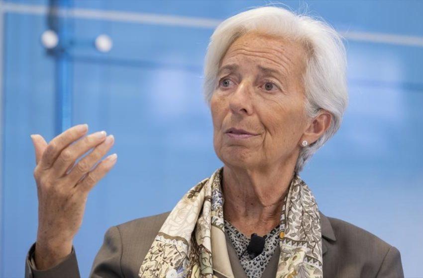 Λαγκάρντ: Συρρίκνωση 5% της οικονομίας της ευρωζώνης