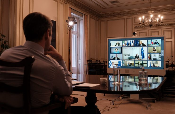 Bloomberg: Το δραματικό παρασκήνιο του ναυαγίου στη Σύνοδο Κορυφής – Η τοποθέτηση Μητσοτάκη