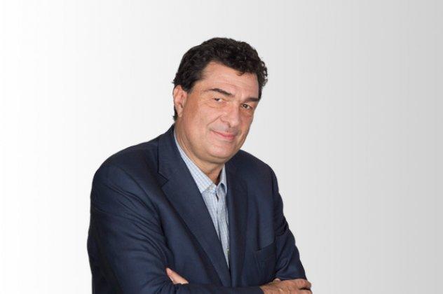 Ο Αλέξης Παπαχελάς ανακοίνωσε ότι προσβλήθηκε από κοροναϊό – Το άρθρο στην Καθημερινή