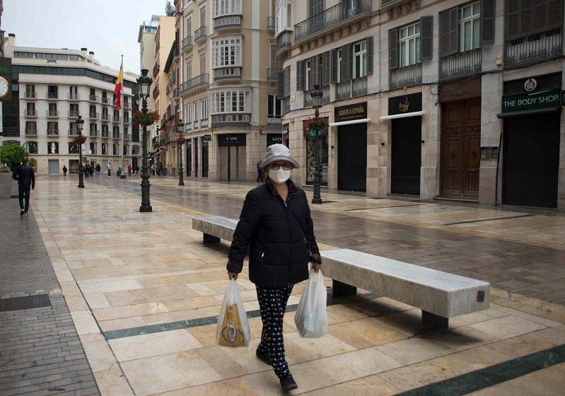 Ισπανία: Σχεδόν 1.000 επιπλέον κρούσματα σε 24 ώρες