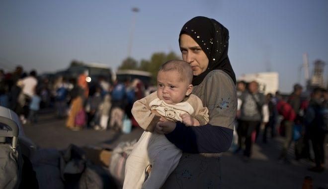 Αλβανία: Δημιουργούνται 6 camps για την υποδοχή 30.000 Σύρων προσφύγων