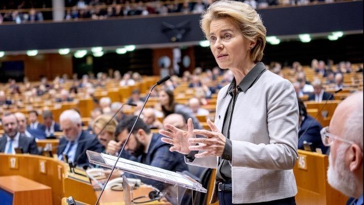 """Ανοικτή στα """"κορονο-ομόλογα"""" η ΕΕ"""