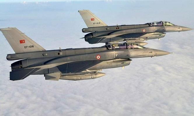Ανήμερα της Εθνικής επετείου: Υπερπτήσεις τουρκικών μαχητικών