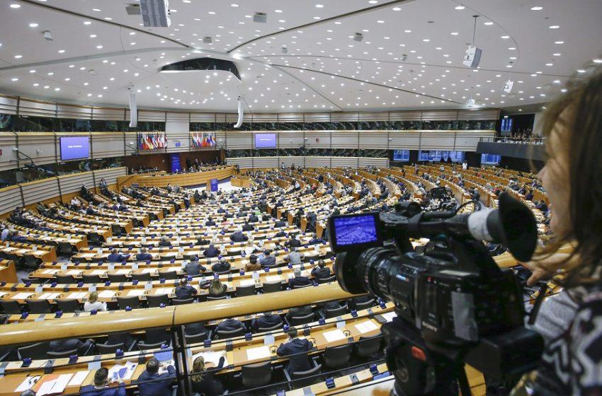 Ευρωβουλή: STOP από Δεξιά και ακροδεξιά σε  ψήφισμα για τις πατέντες