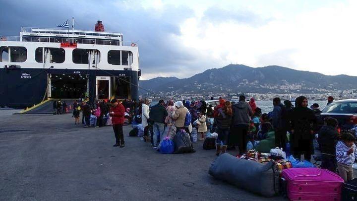 Στην ενδοχώρα μεταφέρονται 1.500 πρόσφυγες