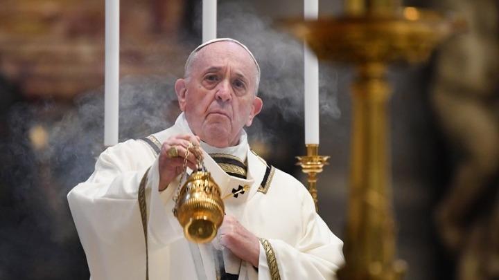 Πάπας Φραγκίσκος: Αυτοκτονικός αρνητισμός η εναντίωση στο εμβόλιο – Θα εμβολιαστεί την ερχόμενη εβδομάδα