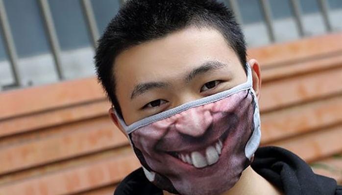 Οι πιο περίεργες και αστείες μάσκες για τον κοροναϊό (εικόνες)