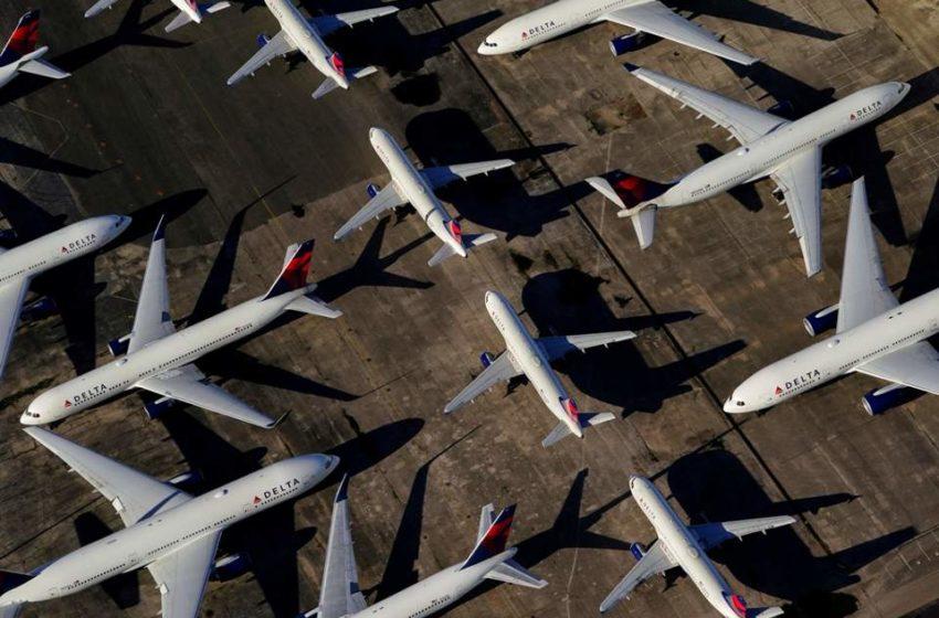 Μόνο με μάσκα οι επιβάτες στα αεροπλάνα- Τι ζητούν οι εταιρείες