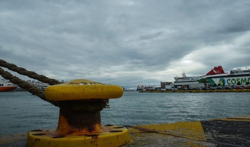 Τα μποφόρ έδεσαν τα πλοία στα λιμάνια