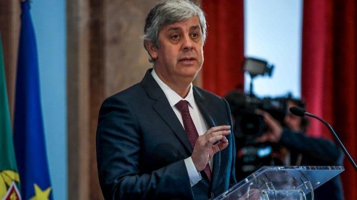 Δεν αποκλείει έκδοση ευρωομολόγων ο Σεντένο