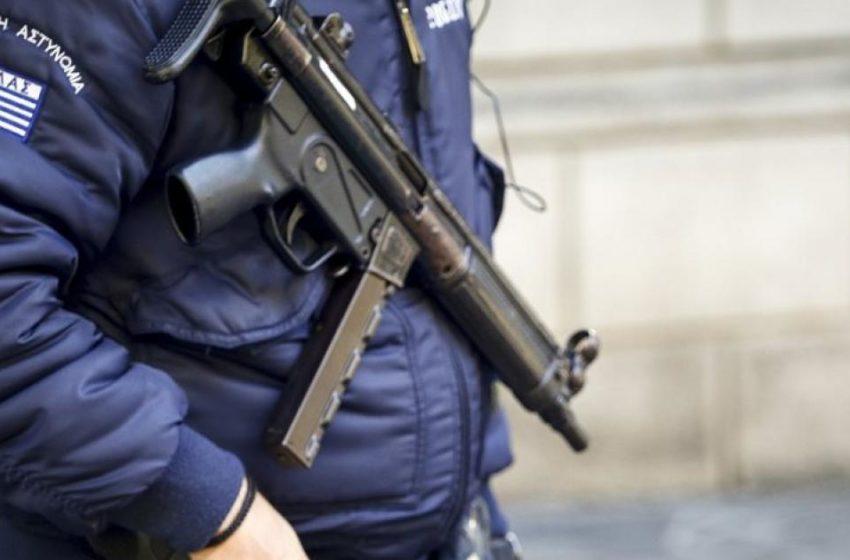 Καταγγελία στη Σάμο: Αστυνομικοί χτύπησαν και γύμνωσαν παιδιά – πρόσφυγες