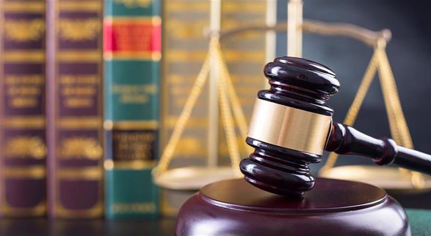 Την παραίτηση Χατζηδάκη ζητούν οι Δικηγόροι