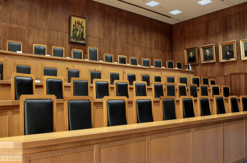 Η Ένωση Διοικητικών Δικαστών ζητεί μερική αναστολή λειτουργίας των δικαστηρίων λόγω έξαρσης του κοροναϊού