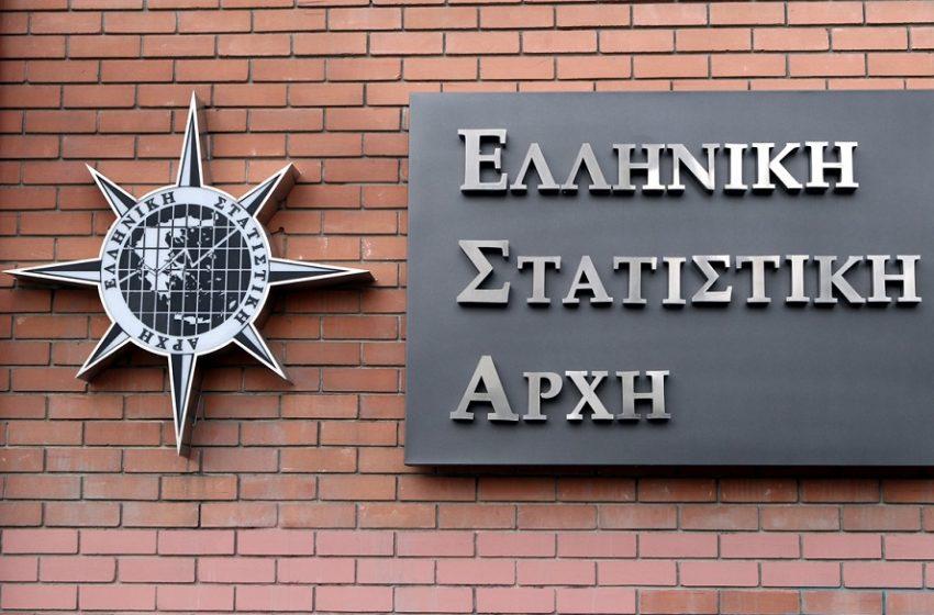 """ΕΛΣΤΑΤ: 205.000 εταιρείες στην Ελλάδα κλειστές λόγω πανδημίας – Ποιοι κλάδοι """"χτυπήθηκαν"""" περισσότερο"""