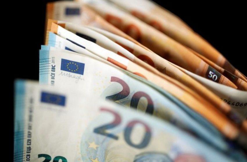 Επίδομα των 800 ευρώ: 10.000 αιτήσεις μέσα σε λίγες ώρες