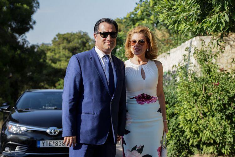 """Το Fake tweet της Μανωλίδου η ανάρτηση Γεωργιάδη και η """"συγγνώμη"""" τής Ακρίτα"""