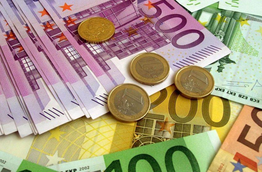 Πιστώθηκαν τα 800 ευρώ στους λογαριασμούς επιπλέον 100.313 δικαιούχων