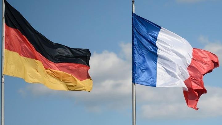 Συμφωνούν στη δημοσιονομική χαλάρωση Γαλλία και Γερμανία, διαφωνούν στα κορονο-ομόλογα