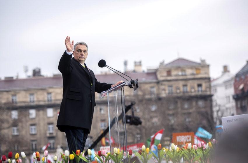"#CoronaDictator: Στον ""γύψο"" η ουγγρική δημοκρατία – Η Ευρώπη κοιτάζει αμήχανη"