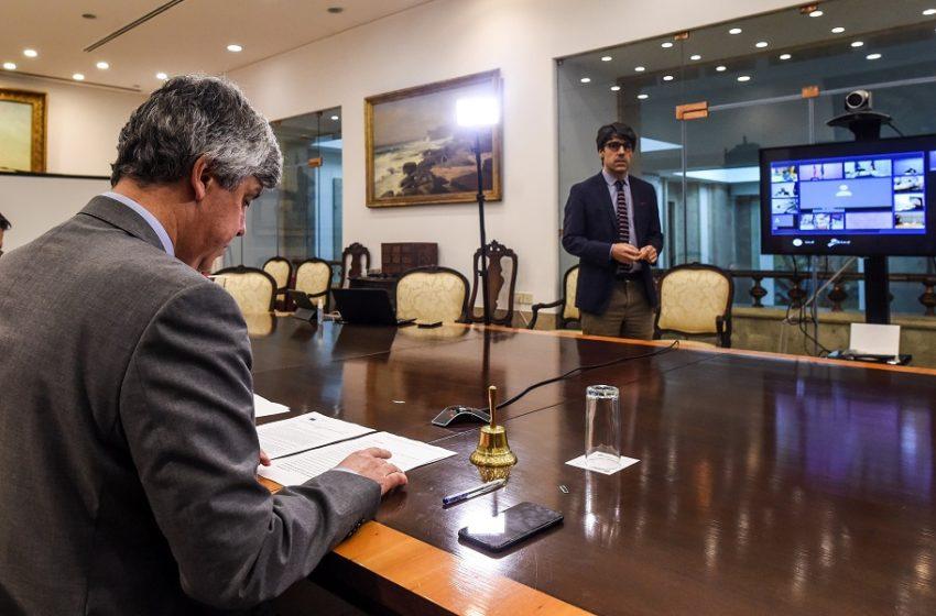 Eurogroup: Οδυνηρός συμβιβασμός – Εποπτεία για όσους επιλέξουν δανεισμό από ESM