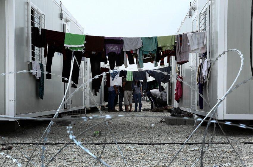 Συμπλοκή μεταναστών στη δομή Σκαραμαγκά – Σε σοβαρή κατάσταση  19χρονος