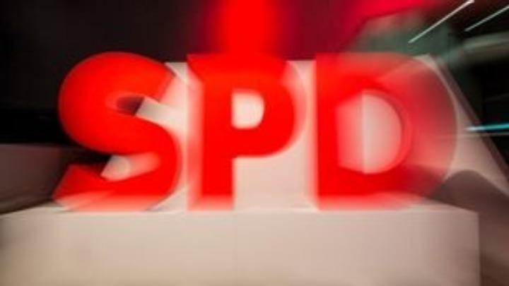 Κόντρα στη Μέρκελ για το κορονο-ομόλογο το SPD και οι Πράσινοι του Ευρωκοινοβουλίου
