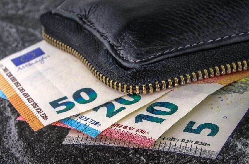 120 δόσεις για ασφαλιστικές εισφορές: Παράταση μέχρι 30/9 για ελεύθερους επαγγελματίες