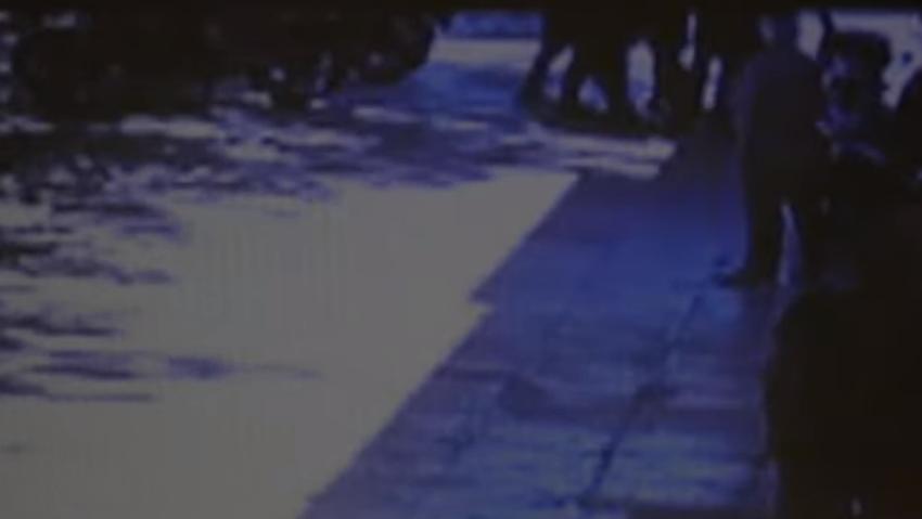 Βίντεο ντοκουμέντο αστυνομικής βίας στα Σεπόλια – Αστυνομικοί ακινητοποιούν και χτυπούν 24χρονο (vid)