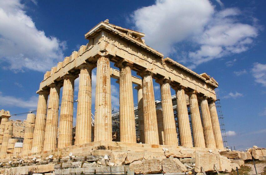 Deutsche Welle: Η Ελλάδα σιγά-σιγά κερδίζει τη μάχη της