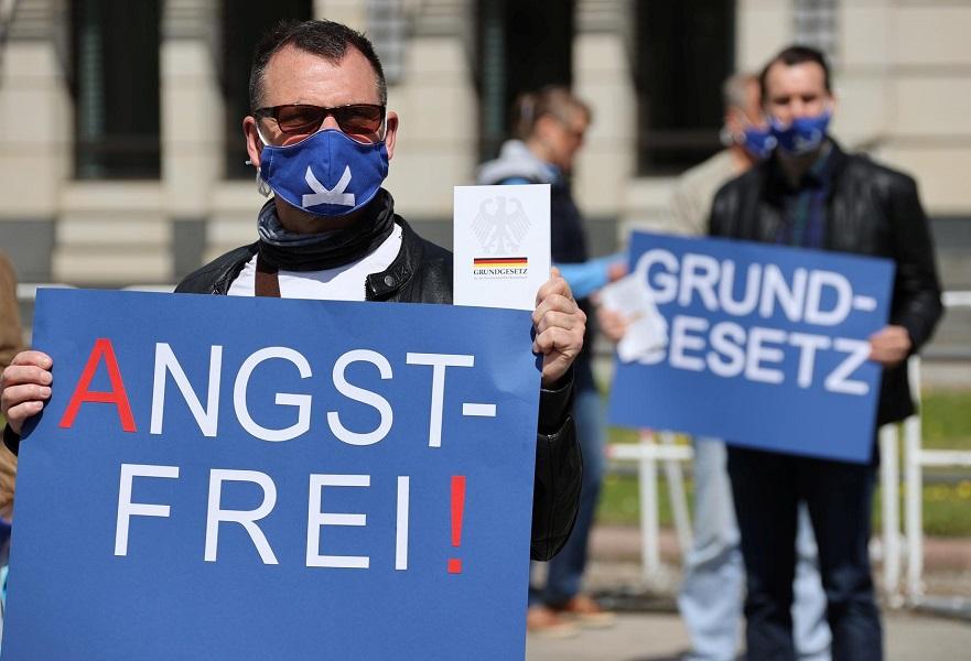 Ξεσηκώνεται η Ευρώπη - Διαδηλώσεις κατά του lockdown και των αντιλαϊκών  μέτρων - Αστυνομική καταστολή | Libre